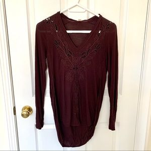 Aritzia Wilfred Embroidered Lace Vneck Blouse